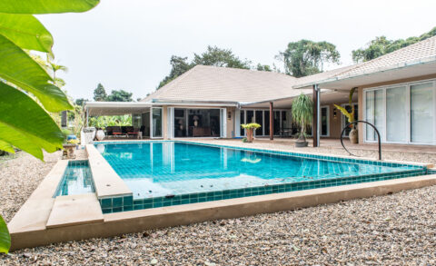 1 Storey Pool House, Chang Puak
